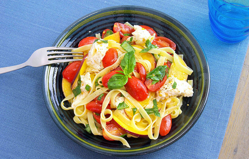 Salade Pâtes Tomates Mozzarella Tomato Mozzarella Pasta Salad