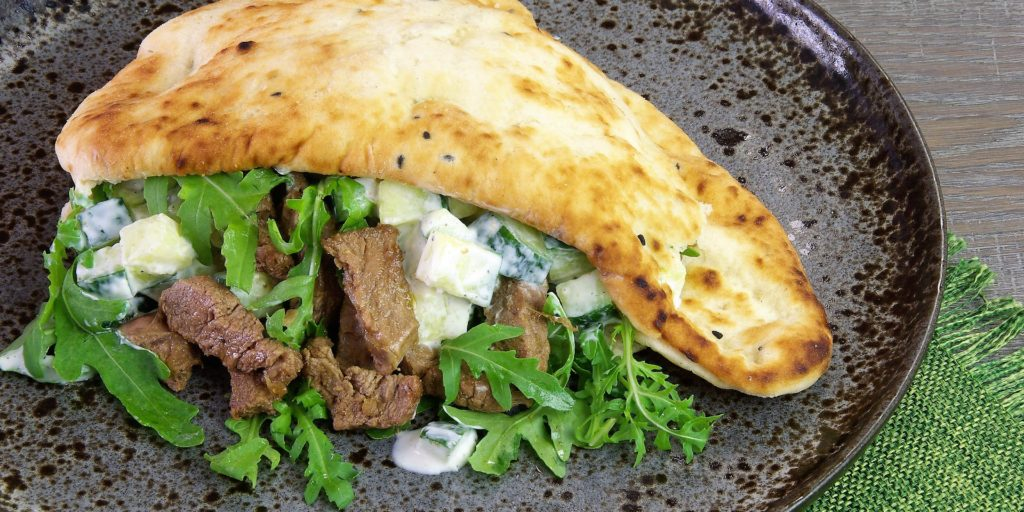 Curry Agneau Concombre Curry Lamb Cucumber Kebab